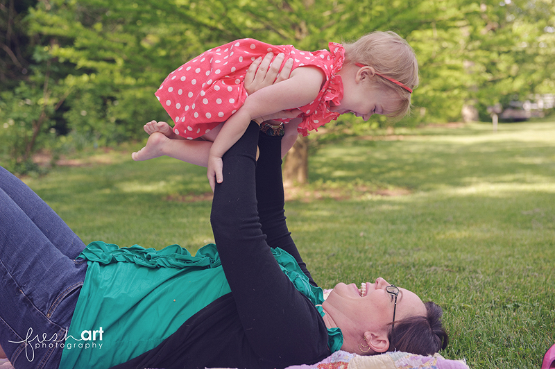 Momma Minis | St. Louis Family Photography